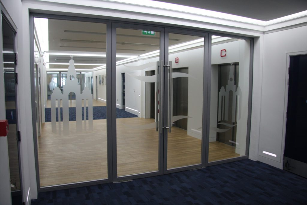 Glass fire doors glass fire screens and fire rated glass for Fire rated doors