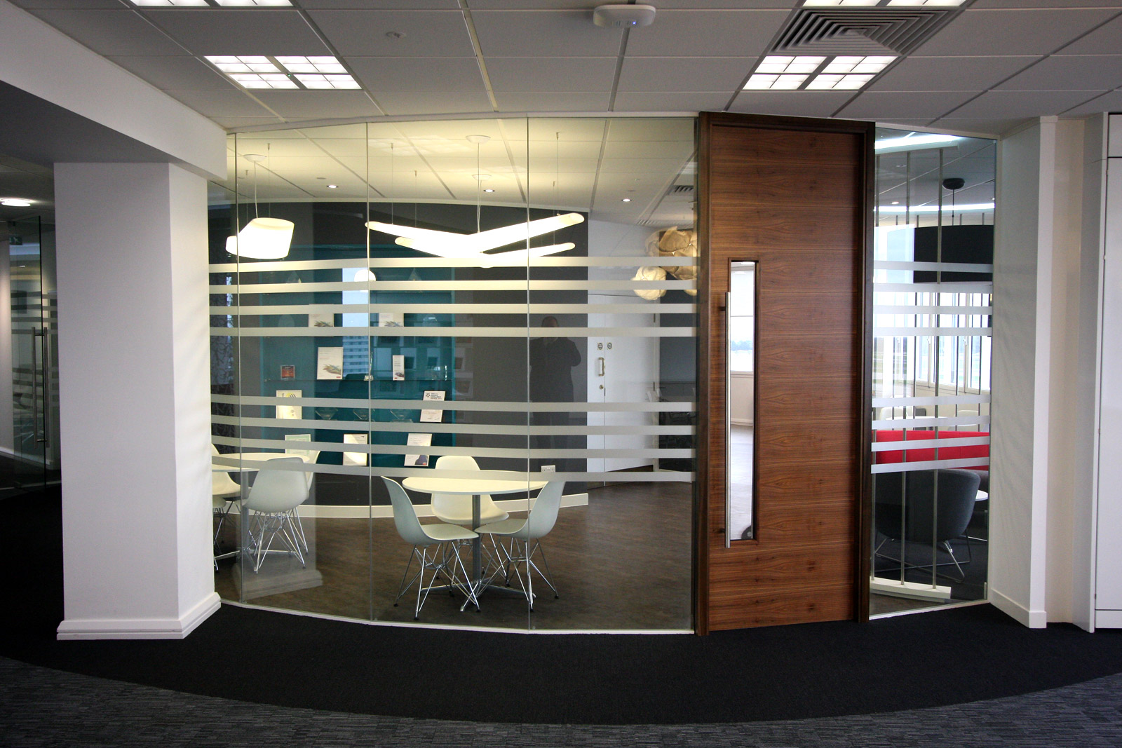 Making The Most Of Small Office Spaces With Glass Partitioning